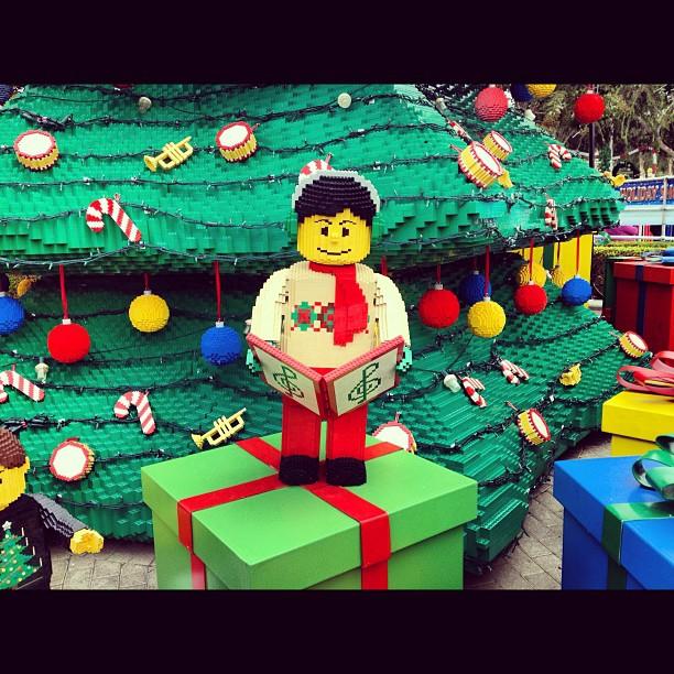 LEGO Caroler