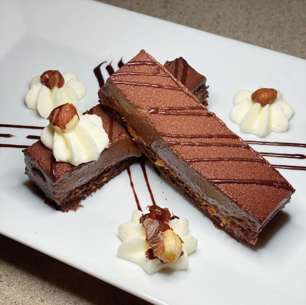 Flourless Chocolate Cake With Hazelnuts