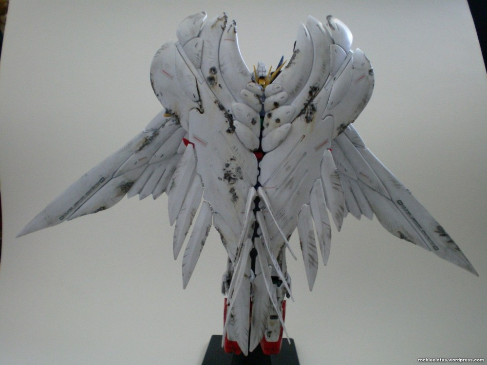 MG Wing Zero Custom WIP 06 -Damaged Wings + Test Shoot- (6/6)