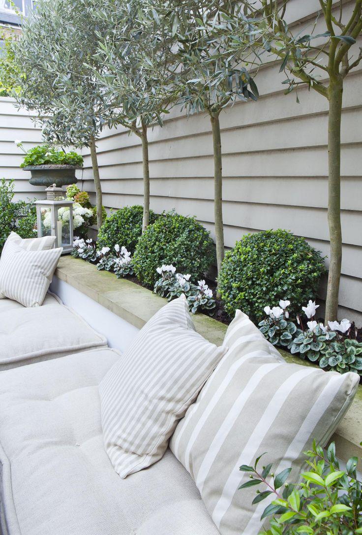 Lauren's Garden Inspiration - Rock My Style | UK Daily ... on Backyard Landscape  id=92911