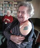 Photo knittyblog.com tatoo auto regelo per 80 anni