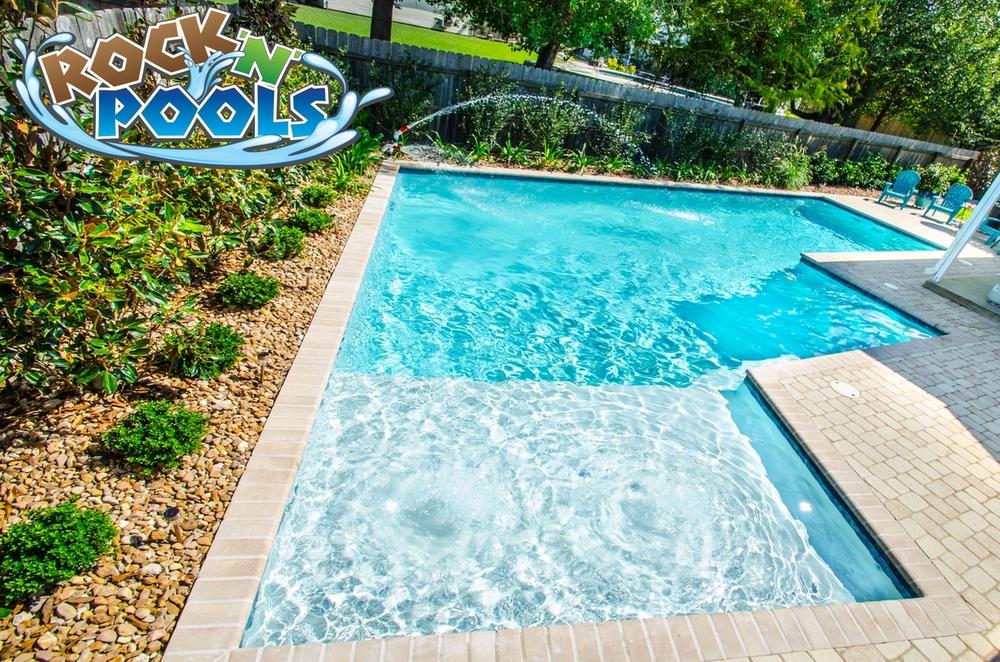 Rock'N'Pools Breckenridge Pool Banner