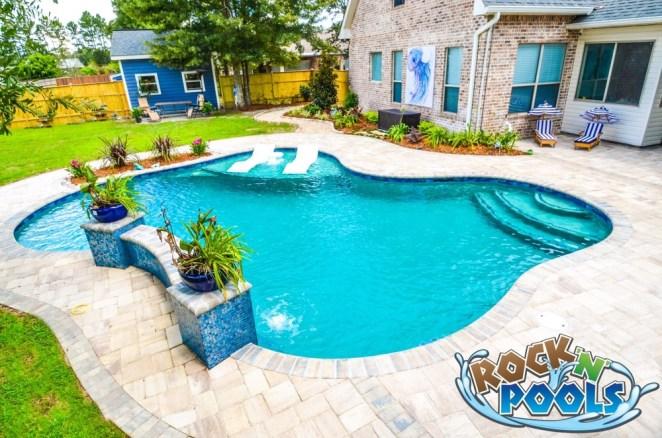 Rock'N'Pools Virginia Drive Pool Banner