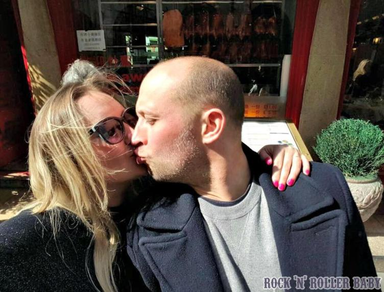 Kissing in China Town - it was lovely to walk around and take in the scenery!