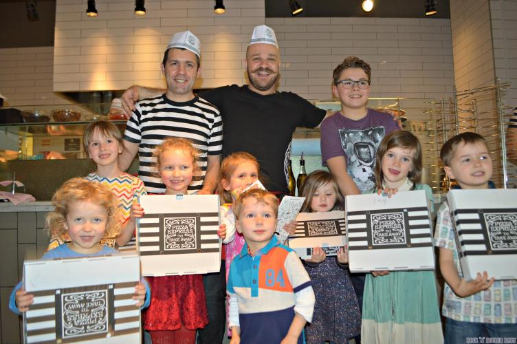 It doesn't have to be just for the kids, they also do Pizza Express Pizza making parties for the grown ups too, urrr, hellllllllo!