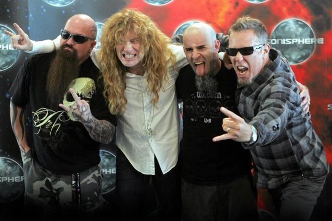 Kerry King (Slayer), Dave Mustaine (Megadeth), Scott Ian (Anthrax) y James Hetfield (Metallica)