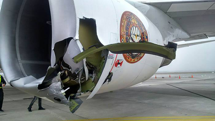 Avion Ed Force One Iron Maiden Chile