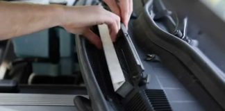 Bersihkan kabin mobil bmw dari virus corona