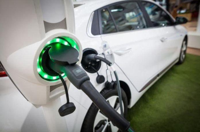 Stimulus mobil listrik