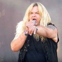 GRIM REAPER: Ακρωτηριάστηκε το δεξί πόδι του τραγουδιστή Steve Grimmet  λόγω επιθετικής μόλυνσης