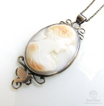 Heirloom Cameo