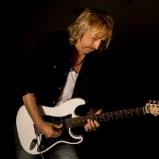 INTERVIEW: PAUL NELSON – LIFE AFTER JOHNNY