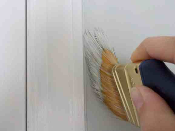 painting hacks, How to paint trim without tape