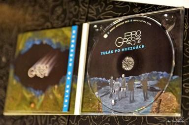 Progres 2 a cd Tulák po hvězdách