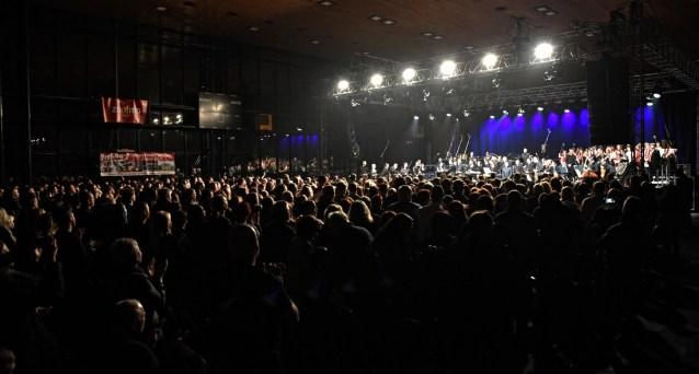 Zaplněná hala při koncertu Tarji Turunen