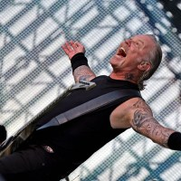 Metallica předvedla úchvatnou energickou show před takřka 70 000 lidmi