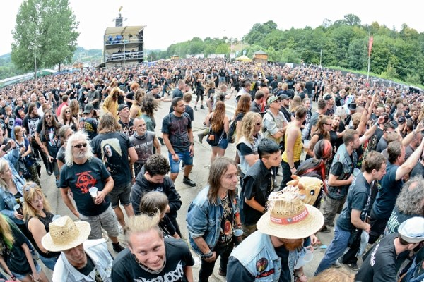 Fans na Masters of Rock