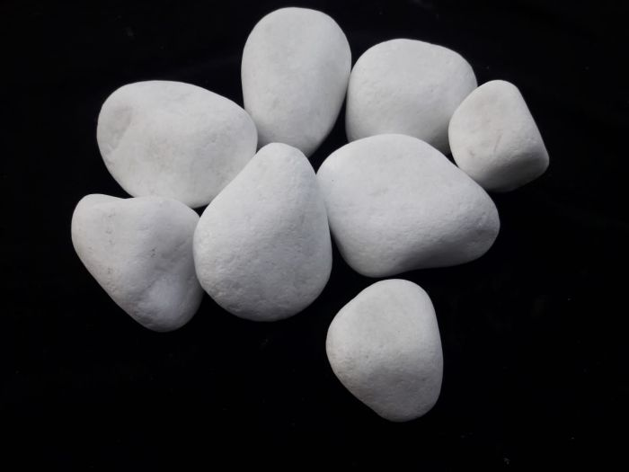 San Diego Snow white pebbles