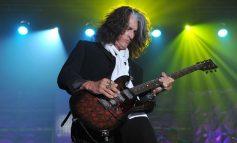 Joe Perry от Aerosmith е готов с нов солов албум, издава го през януари