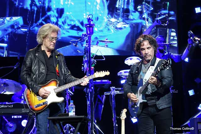 Hall & Oates Headline Hoagie Nation - Photo by Tom Collins