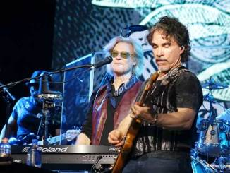 Hall & Oates - Hoagie Nation 2018 - Photo by Tom Collins