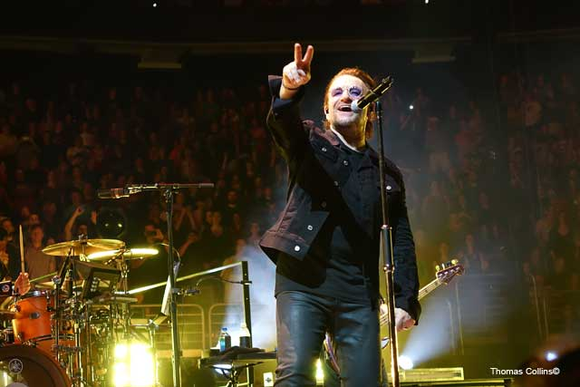 U2 EXPERIENCE + INNOCENCE TOUR in Philly - Photo by Tom Collins