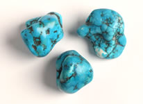 Dyed magnesite