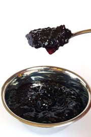 Boysenberry-Jam-Action-3