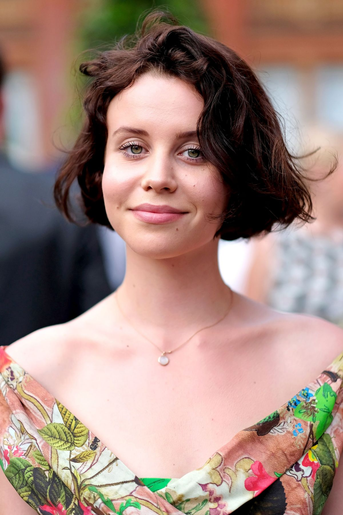 Le Meilleur Billie Jd Porter At V A Summer Party In London 06 21 2017 Ce Mois Ci