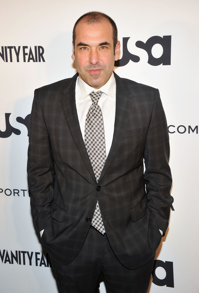 Le Meilleur Rick Hoffman In Usa Network And Mr Porter Com Present A Ce Mois Ci