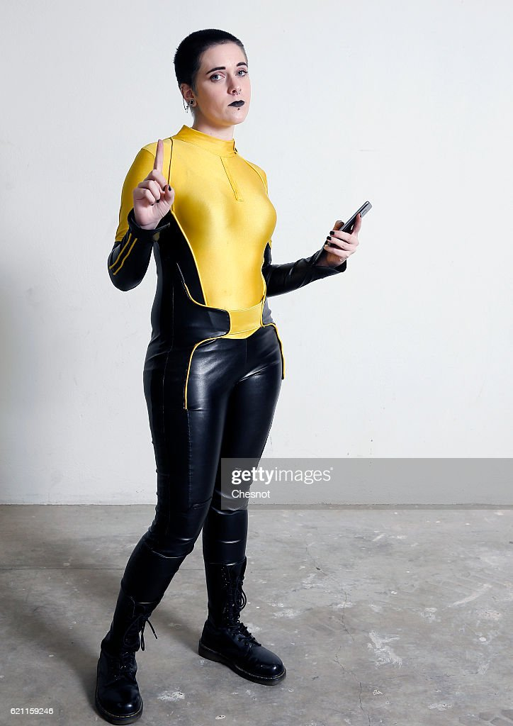 Le Meilleur Negasonic Teenage Warhead Stock Photos And Pictures Ce Mois Ci
