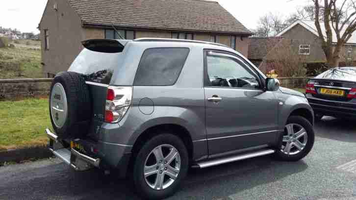 Le Meilleur Suzuki Grand Vitara Vvt Grey 4X4 3 Door Low Mileage Ce Mois Ci