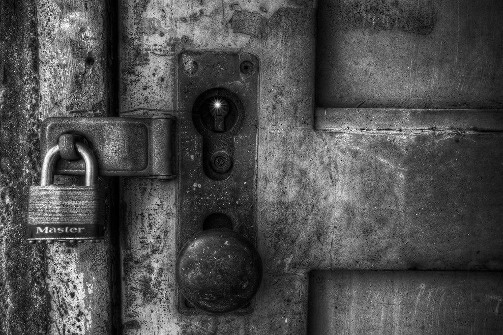 Le Meilleur Locked Door Seaholm Power Plant Michael Tuuk Photography Ce Mois Ci