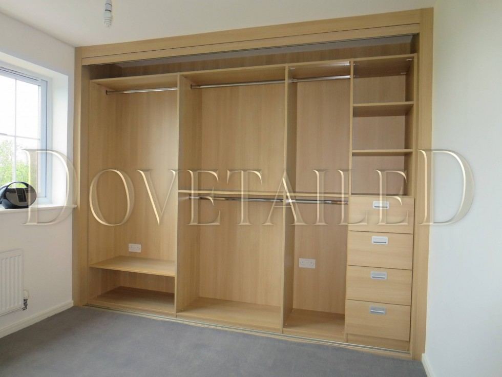 Le Meilleur Fitted Wardrobes With Sliding Doors Dovetailedinteriors Ce Mois Ci