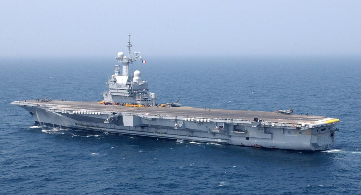 Le Meilleur French Navy Aircraft Carrier Ce Mois Ci