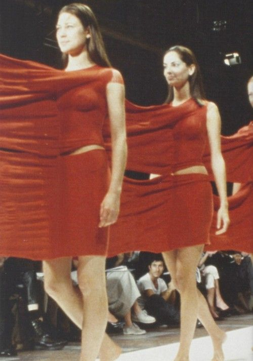 Le Meilleur Issey Miyake Spring Summer 1999 Fashion Defile Mode Ce Mois Ci