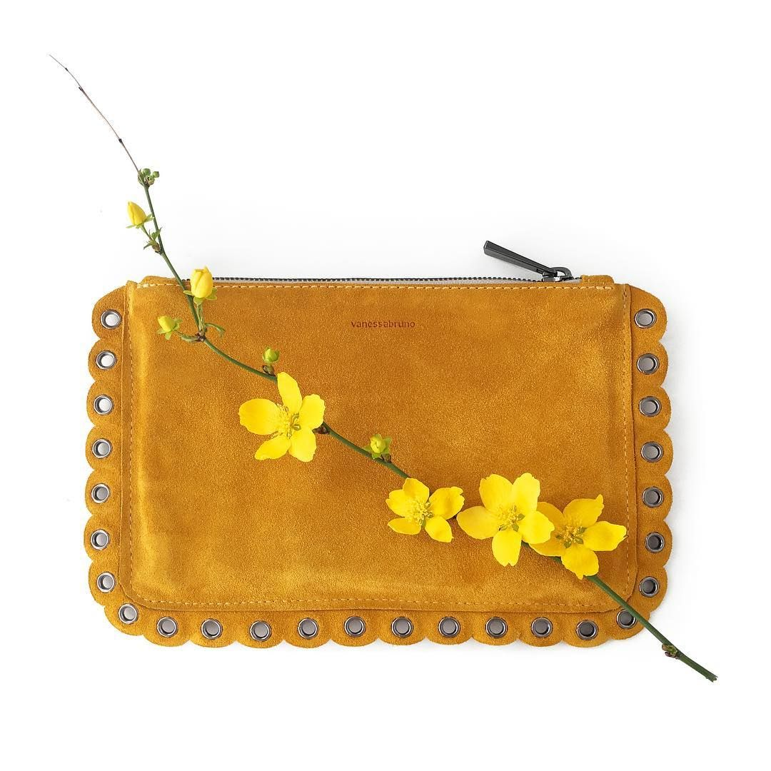 Le Meilleur In The Mood For Spring Vanessabruno Flowers Yellow Ce Mois Ci