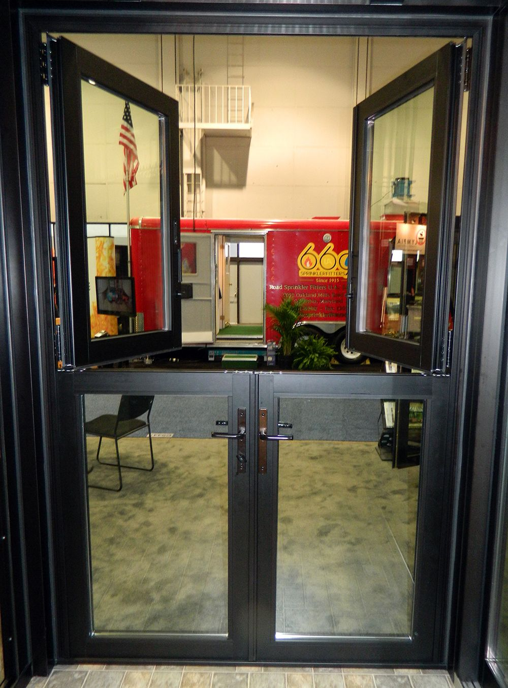 Le Meilleur An All Glass Dutch Door Consists Of A Glass Infill In Both Ce Mois Ci