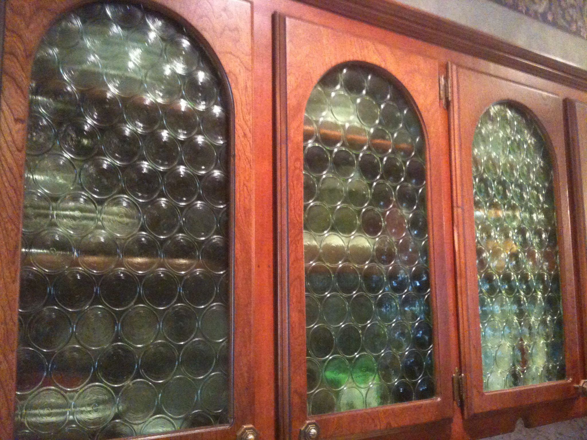 Le Meilleur Glass Coke Bottle Cabinet Doors Ideas For The Home Ce Mois Ci
