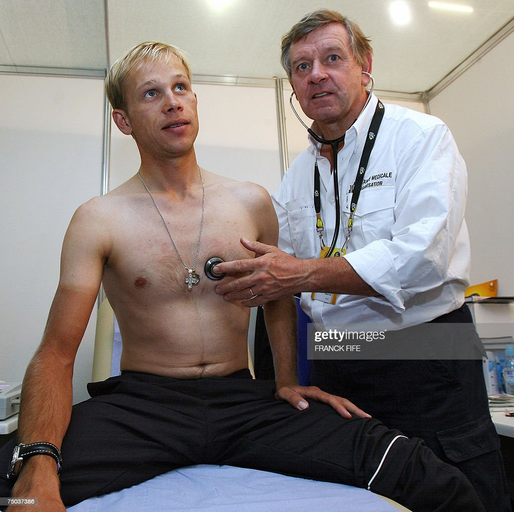 Le Meilleur Tour De France Doctor Gerard Porte Checks The Heartbeat Of Ce Mois Ci