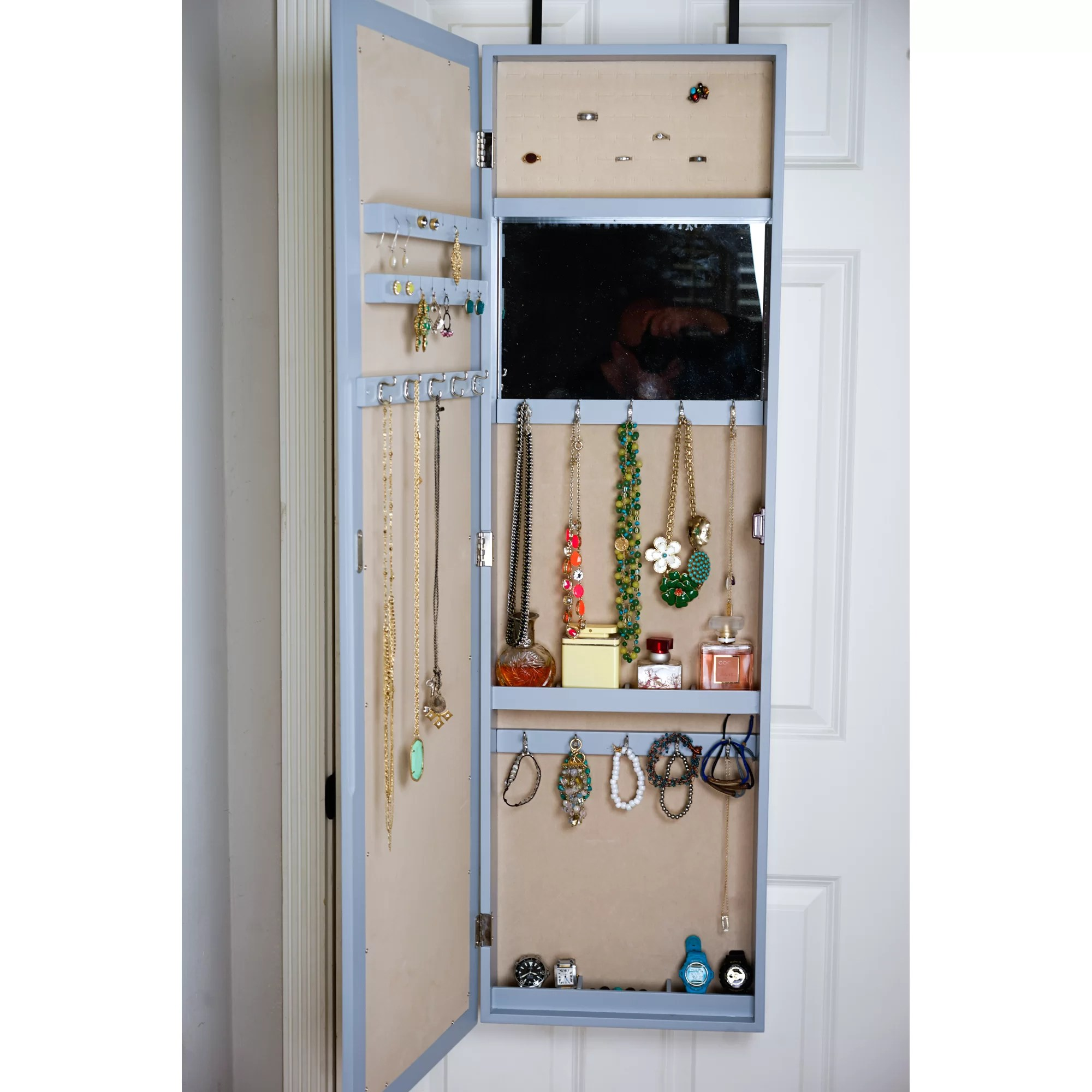 Le Meilleur Hives Honey Paige Over The Door Jewelry Armoire With Ce Mois Ci