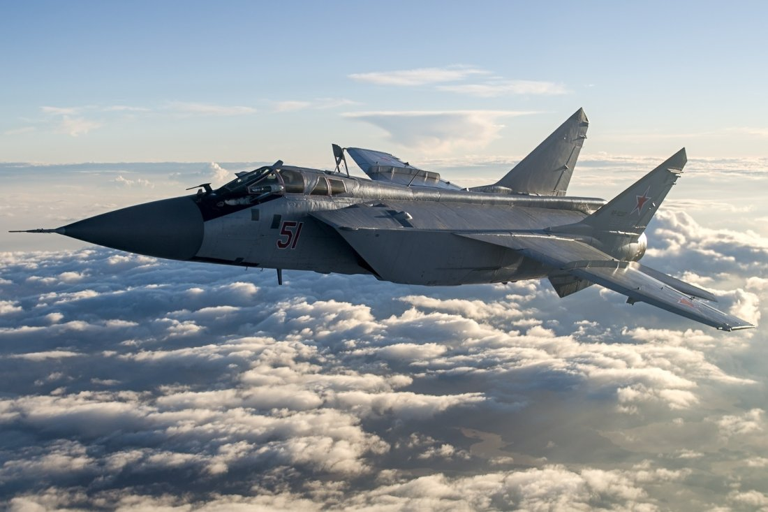 Le Meilleur Fighter Video Alert Watch This Russian Mig 31 Go To War Ce Mois Ci