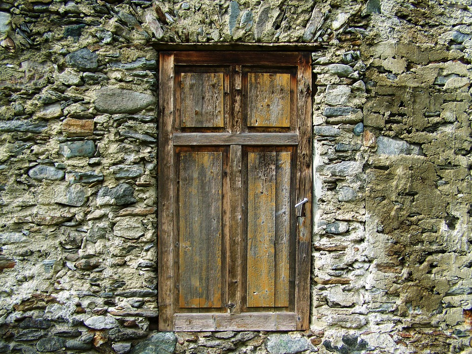 Le Meilleur Old Doors Ends And Beginnings Ce Mois Ci