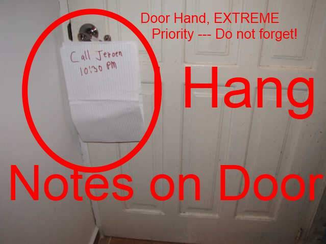 Le Meilleur Hang A Note On Door Handle Of Exterior Door Of House As Ce Mois Ci