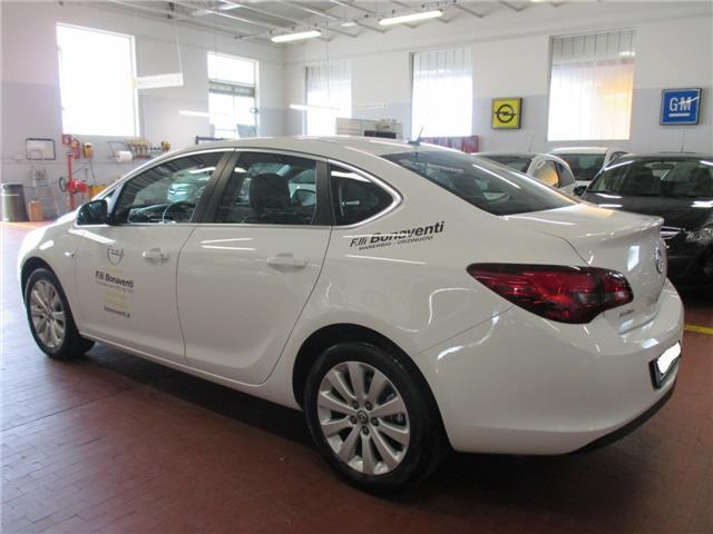 Le Meilleur Sold Opel Astra Berlina 4 Porte 1 Used Cars For Sale Ce Mois Ci