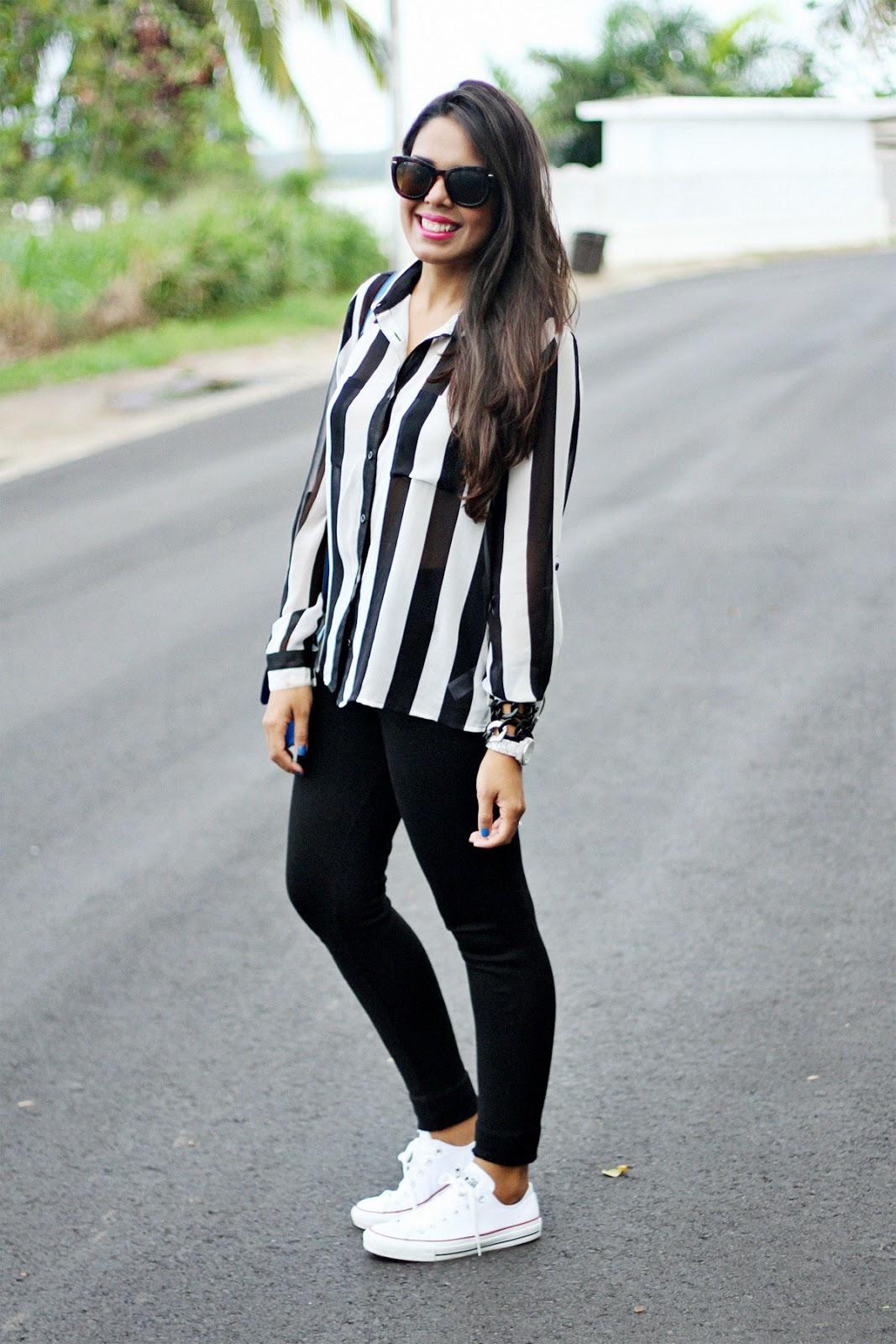 Le Meilleur How To Wear Leggings With White Converse Melonkiss Ce Mois Ci