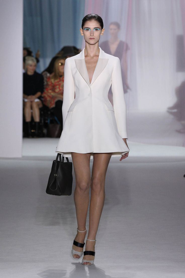 Le Meilleur Dior Spring Summer 2013 Ready To Wear – Look 6 White Wool Ce Mois Ci