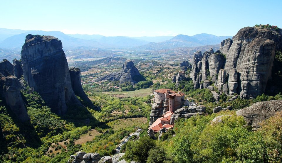Greece_meteora_monasteries