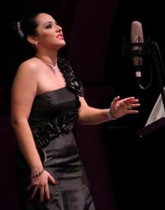 Nadia-Lamadrid-soprano.-Noche-Unison-489x620 Noche de la Universidad de Sonora