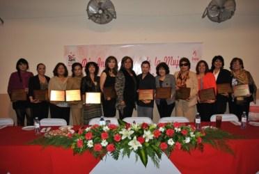 DSC_3259-620x416 Mayor Gerardo Figueroa recognizes 12 successful women from community